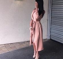 Różowy płaszcz - Kliknij w zdjęcie aby zobaczyć więcej