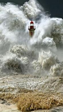 latarnia morska w Portugalii