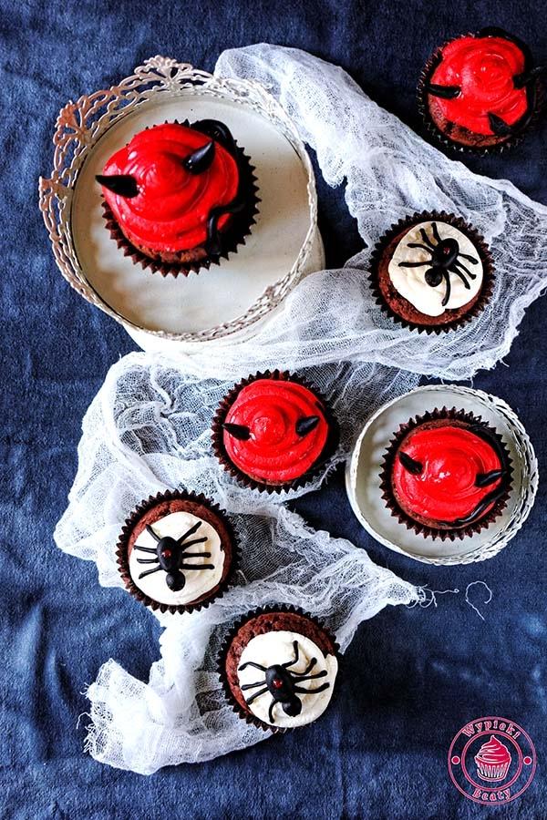 Babeczki Red Velvet Na Halloween Wypieki Beaty Na Moje Wypieki