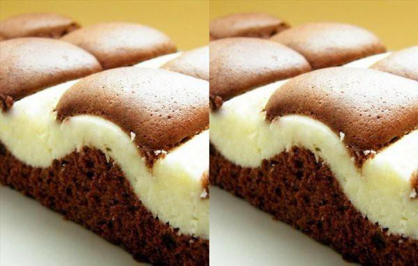 Ciasto Fale Dunaju♥ Prosty przepis który musisz wypróbować♥ Ciasto Fale Dunaju♥ Prosty przepis który musisz wypróbować♥ Składniki na blachę 28 x 40 cm: Ciasto 5 jajek 220 g mąki 180 g cukru 1 łyżeczka proszku do pieczenia 125 ml oleju 4 łyżeczki cacao 125 ml wody Masa serowa 500 g mielonego sera (np. z wiaderka) 1 opakowanie budyniu waniliowego 100 g cukru Jajka ubijamy z cukrem. Dodajemy olej i wodę i dalej ubijamy. Mąkę, proszek i cacao mieszamy i dodajemy do masy jajecznej. Mieszamy króciutko mikserem na najniższych obrotach. Przelewamy do blachy wysmarowanej olejem. Ser miksujemy z budyniem i cukrem. Kiedy składniki utworzą jednolitą masę przekładamy ją do woreczka, obcinamy końcówkę i wyciskamy na ciasto pasy w pionie i poziomie by utworzyły kratkę. Pieczemy w temperaturze 180 stopni ok. 40 min (do suchego patyczka).