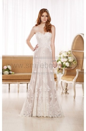 Essense of Australia Flowy Wedding Dresses Style D1787