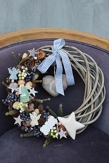 zimowe wianki dekoracyjne od tendom