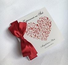 zaproszenie ślubne, czerwone serce i motylki