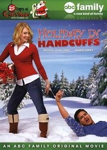 Świąteczny więzień (2007)   Trudy bezskutecznie próbuje znaleźć lepszą pracę od kelnerki. Zbliżają się święta Bożego Narodzenia, na które wybiera się ze swoim chłopakiem Nickiem...