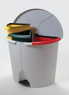 Mała kuchnia to prawdziwe utrapienie dla chętnych na pełną segregację śmieci....