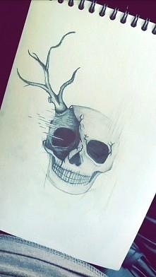 Nie ma to jak obudzić się z masą pomysłów i rysować od 6 nad ranem... xd Potrafię rysować do późnych godzin, albo wstać z samego rana i złapać za ołówek, może dziwne, ale to tak...