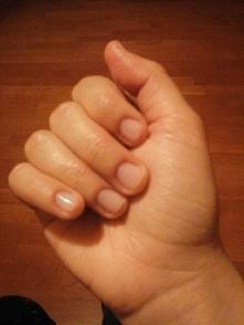 co sądzicie o moich paznokciach do radzicie do mam zrobić żeby były piękne POMOCY