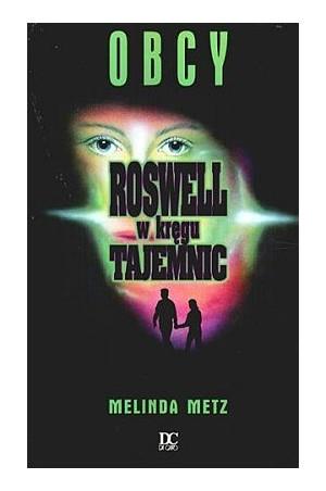 Rosswell w kręgu tajemnic - Obcy -(Tom I) - Znają się od lat. Liz jest zafascynowana niebieskimi oczami Maxa, które mają jakiś nieziemski wyraz. Max kocha się w Liz, ale nie może się do niej zanadto zbliżyć. Wie bowiem, że naraziłby ją tym na śmiertelne niebezpieczeństwo. Prawda może ją zabić.  Te z was, które dorastały w latach 90-tych na pewno pamiętają kultowy serial z tamtego okresu, który powstał właśnie na podstawie tej serii książek. Na książkę natrafiłam przeglądając rzeczy z moich lat młodzieńczych i postanowiłam nieco odświeżyć sobie historię :). Książka może nie powala, ale za to przywołuje wspomnienia nastoletnich czasów.