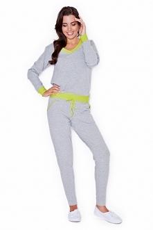 Modne spodnie dresowe ze sznurkiem. Świetnie się sprawdzą do luźnych stylizacji a także na siłownie.