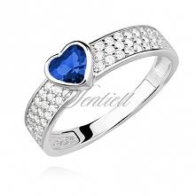 Elegancki, delikatny pierścionek z delikatnym, niebieskikm serduszkiem od Fil...