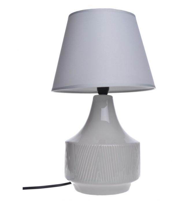 Lampa stołowa nocna ceramiczna beżowa w prążki   . Klosz lampy tkanina + pcv w kolorze beżowym. Podstawa lampy smukła  ceramiczna. Lampa na mały gwint E14 max 40 W. Kabel długości ok 1,2 m.