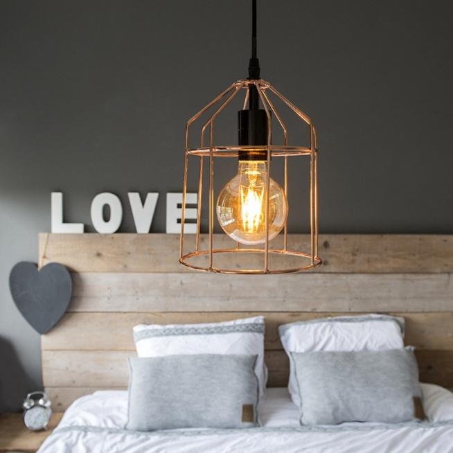 Nowoczesna lampa wykonana z miedzianego drutu z widoczną żarówką -70%