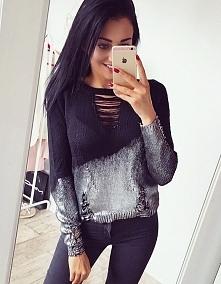 Srebrny sweterek, idealnie nadaje się do jesiennych stylizacji ★⠀