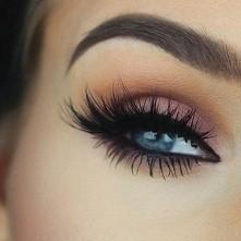 Cudowny makijaż