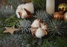 Urokliwa bawełna doskonale komponuje się z typowo zimowymymi kompozycjami.