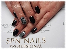Black Tulip SPN Nails   Nails by Olga, Studio Magnetic Nails Monika Sokołowsk...