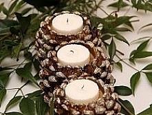 fajny pomysł na świecznik z szyszki ;)