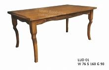 stylowy stół woskowany