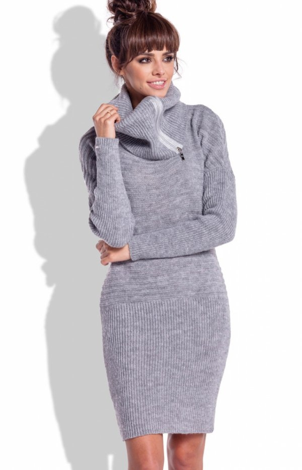 Fobya F333 sukienka szara Casualowa sukienka, wykonane z miękkiej wełnianej dzianiny, obszerny golf ozdobiony suwakiem, który można nosić w wersji rozsuniętej