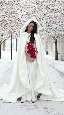 zimowy płaszczyk dla Panny Młodej :)