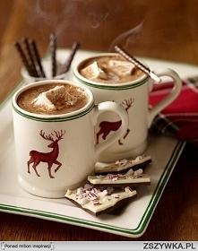 Ładne kubki umilą świąteczne wieczory :)