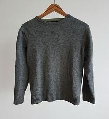 Wełniany szary sweterek. Rozmiar S.