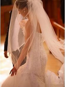 MERMAID SWEETHEART BUTTON BACK LACE WEDDING DRESS WITH LONG TRAIN dressbib.com