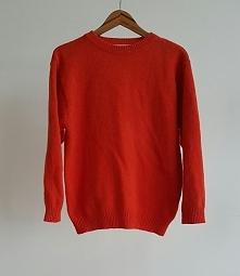 Pomarańczowy, wełniany sweter. Oversize.