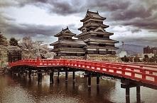 Zamek Matsumoto, Japonia.Zamek znajdujący się w mieście Matsumoto, w prefektu...