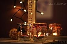pomysł na świeczniki z małych słoików po jogurtach :)  #xmas #christmas #holidays #świecznik #świeczniki #święta #diy #doityourself #dekoracja #pokój #sypialnia #dom #wystrój #w...