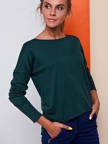 Asymetryczna, piękna bluza z przyjemnego w dotyku materiału z długim rękawem. Także w kolorze szarym. Zajrzyj do nas i zgarnij rabat na całą kolekcję! :))