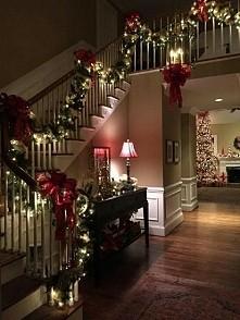 Odliczanie do świąt dzień 8...tak ozdobiony korytarz mieć w swoim domu...pięk...