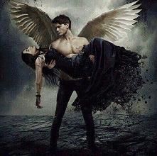 Znaciw jakieś filmy romantyczne z upadłymi aniołami?*~*