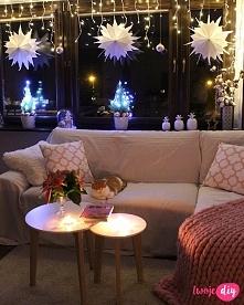Gwiazdy z papierowych torebek zrobiły klimat w moim salonie - na blogu pokazuję jak je zrobić.