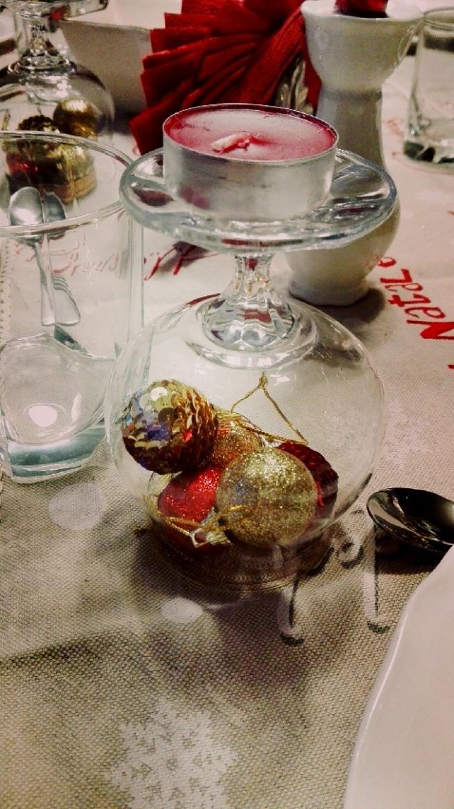 Pomysł na dekorację stołu wigilijnego