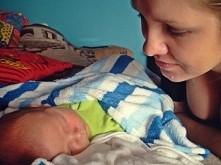 Takie cudo mamusine <3  Niedawno bylem taki malutki, a mam już prawie 4 miesiące i tak szybko rosne:) Moj najwspanialszy Synek :*