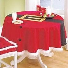 Przystroiłybyście świąteczny stół takim obrusem? :)