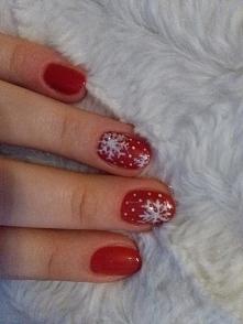 Semilac intennse red  świąteczne paznokcie