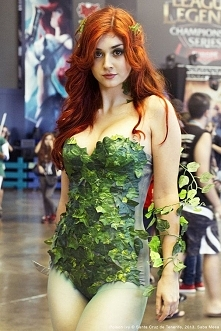 Poison Ivy- DC Comics
