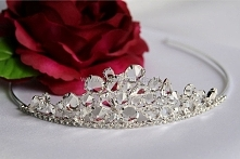 diadem z kryształami na ślub