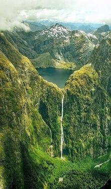 Sutherland Falls Nowa Zelandia