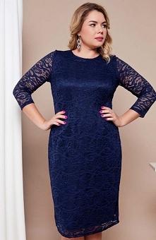 Cover TR1586 sukienka niebieska Elegancka sukienka, ołówkowy fason, wykonana z pięknej kwiatowej koronki