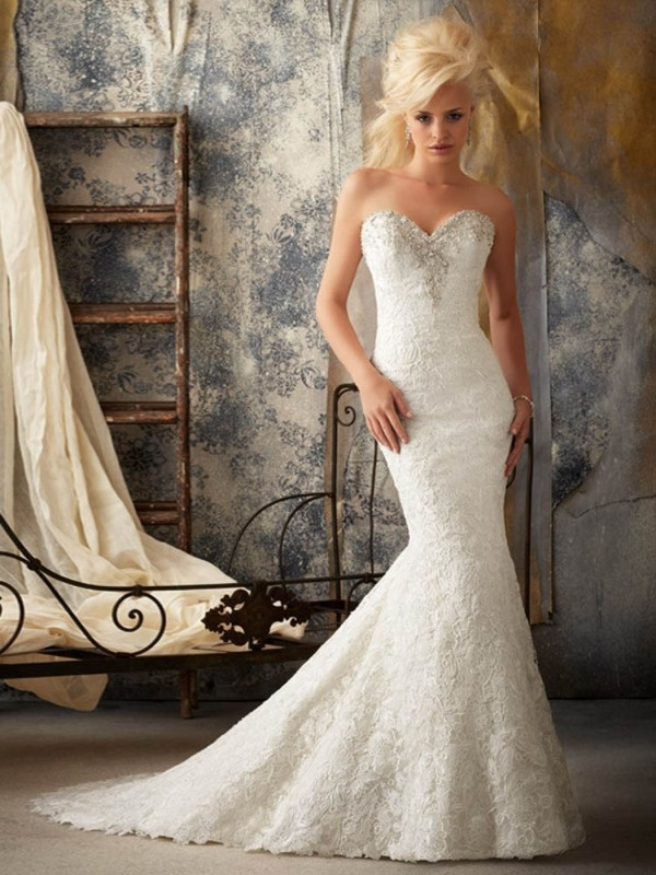 2015 TRUMPET/MERMAID SWEETHEART APPLIQUE SWEEP/BRUSH TRAIN LACE WEDDING DRESSES WITH BUTTONS ZIPPER BACK dressbib.com