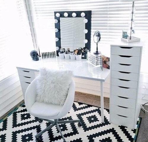blat oraz komody alex ikea na bia e toaletki. Black Bedroom Furniture Sets. Home Design Ideas