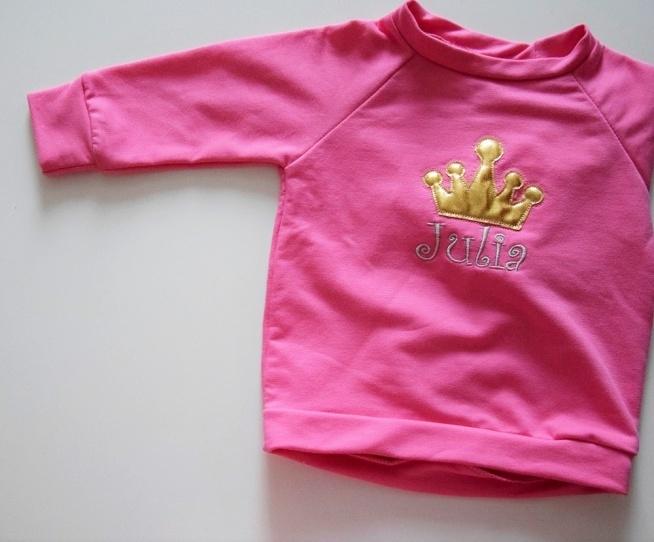 bluza małej księżniczki wyjątkowa i prosta  zachwyca żywymi kolorami i prostotą