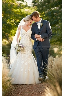 Essense of Australia Lace And Tulle V-Neck Fit And Flare Wedding Dress Style D2281