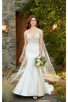 Essense of Australia Formal Wedding Dress With Beaded And Long Train Style D2294