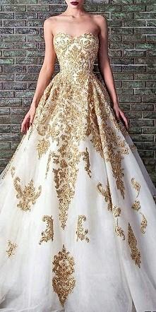 Sukienka ślubna *.*