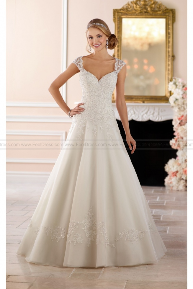Stella York Keyhole Back Princess Wedding Dress Style 6439
