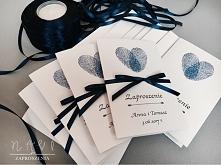 zaproszenie ślubne z odciskami palców w kolorze atramentowym